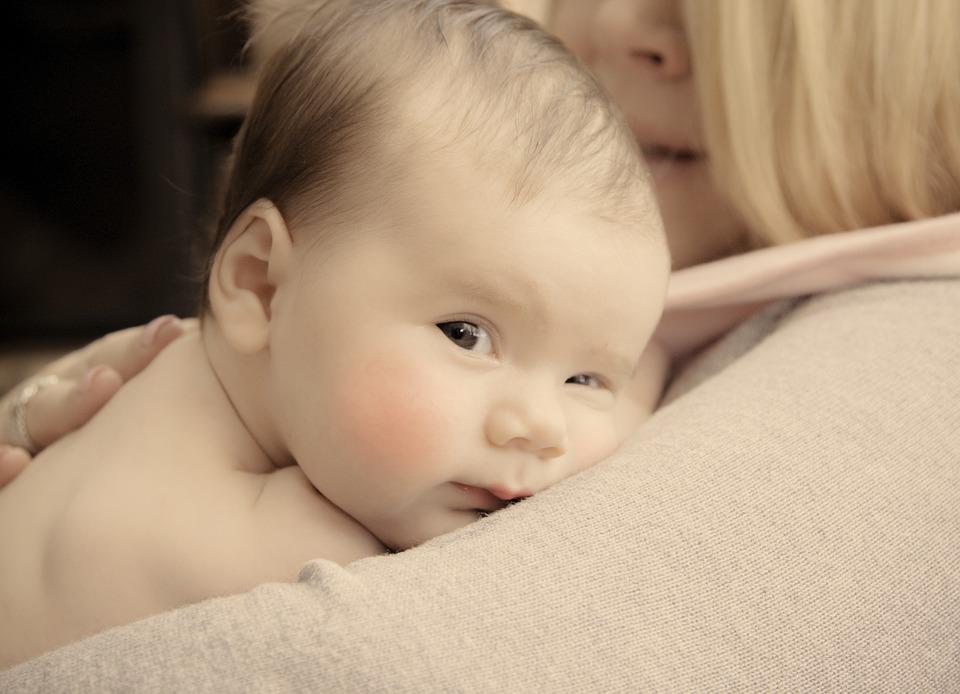 Laste silmade areng esimesel eluaastal
